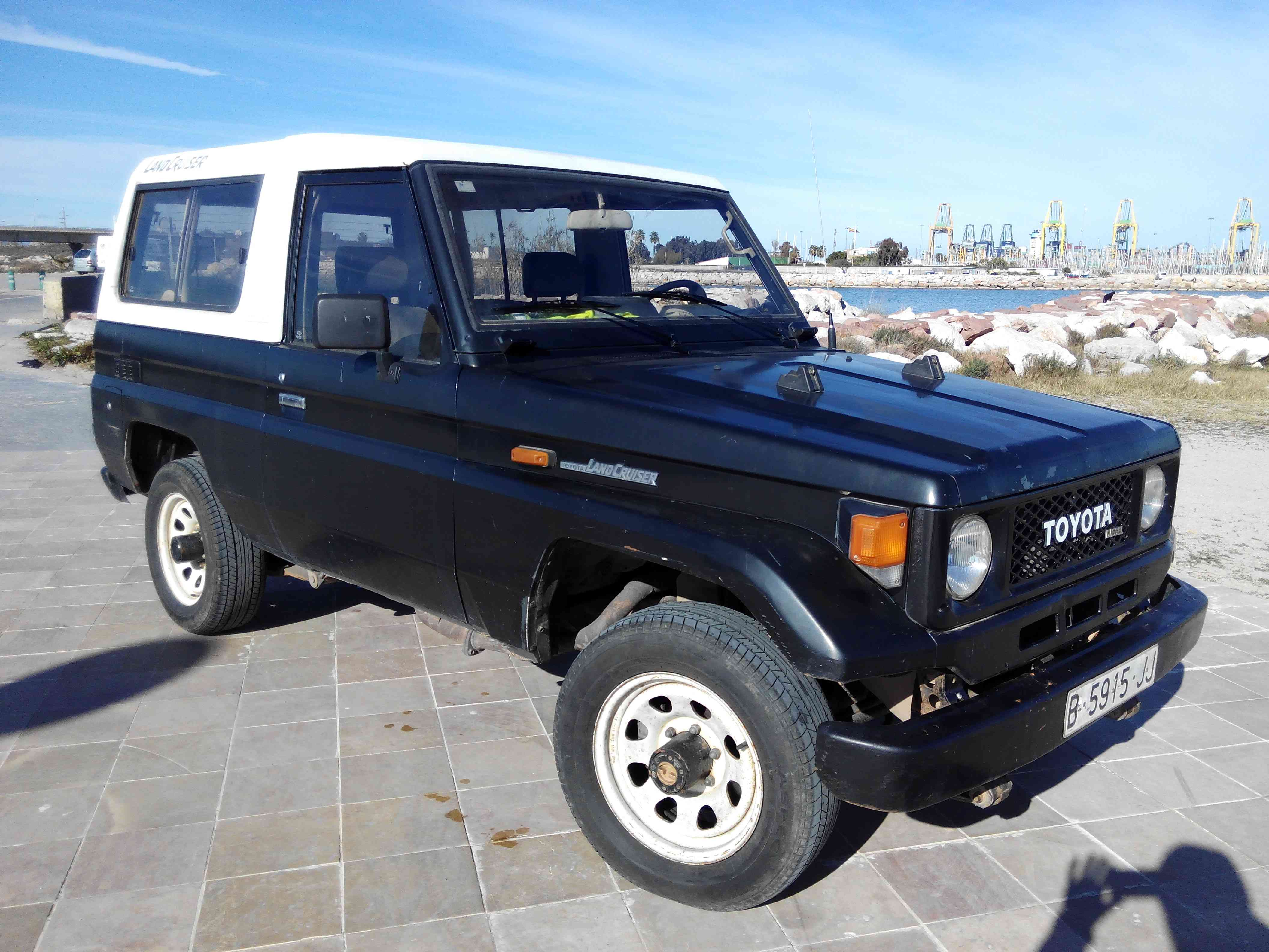 1988 Toyota BJ73 Landcruiser LHD turbo sel with removable top