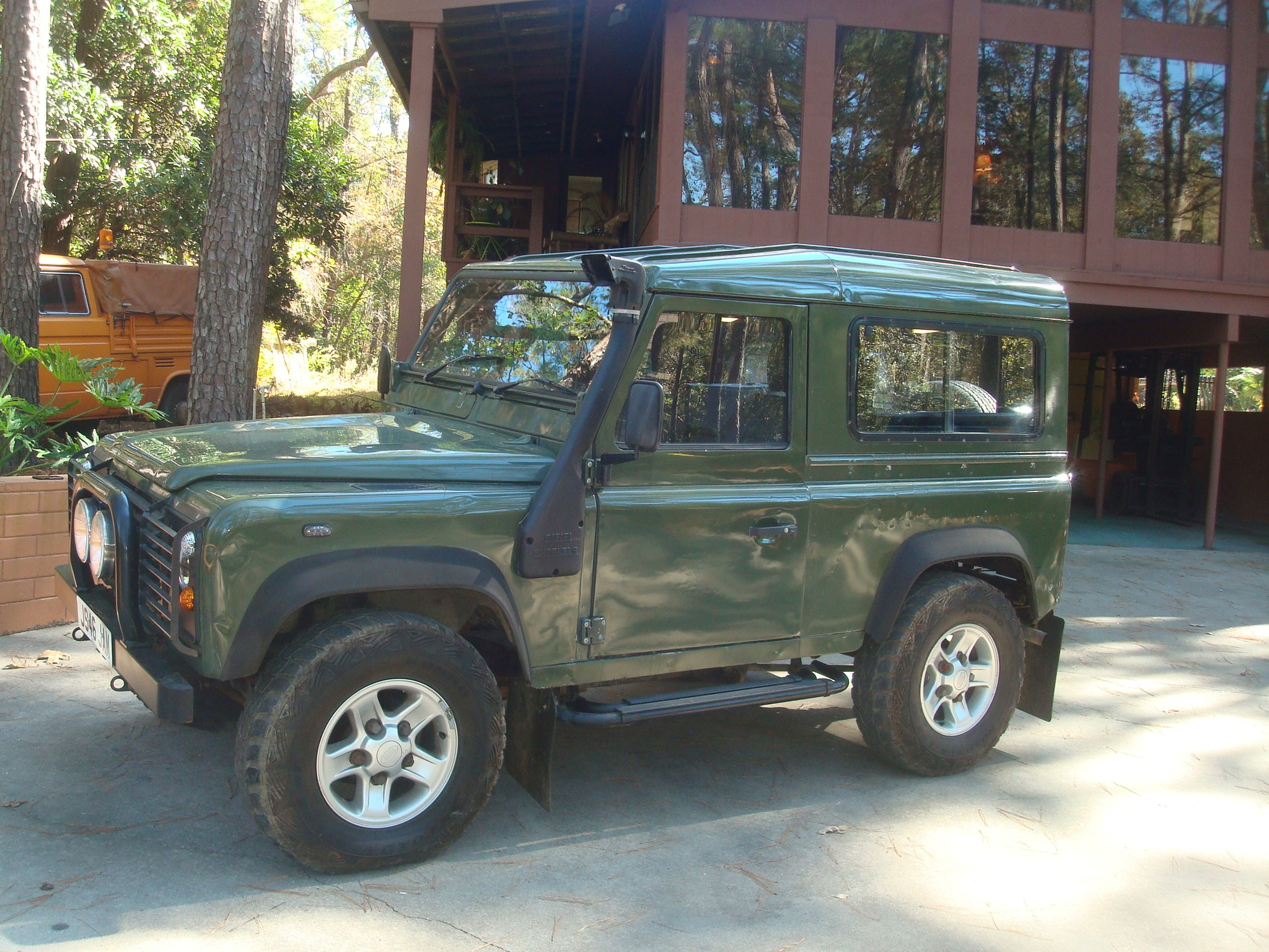 new arrival; 1991 land rover defender 90 200tdi ~ sweet truck