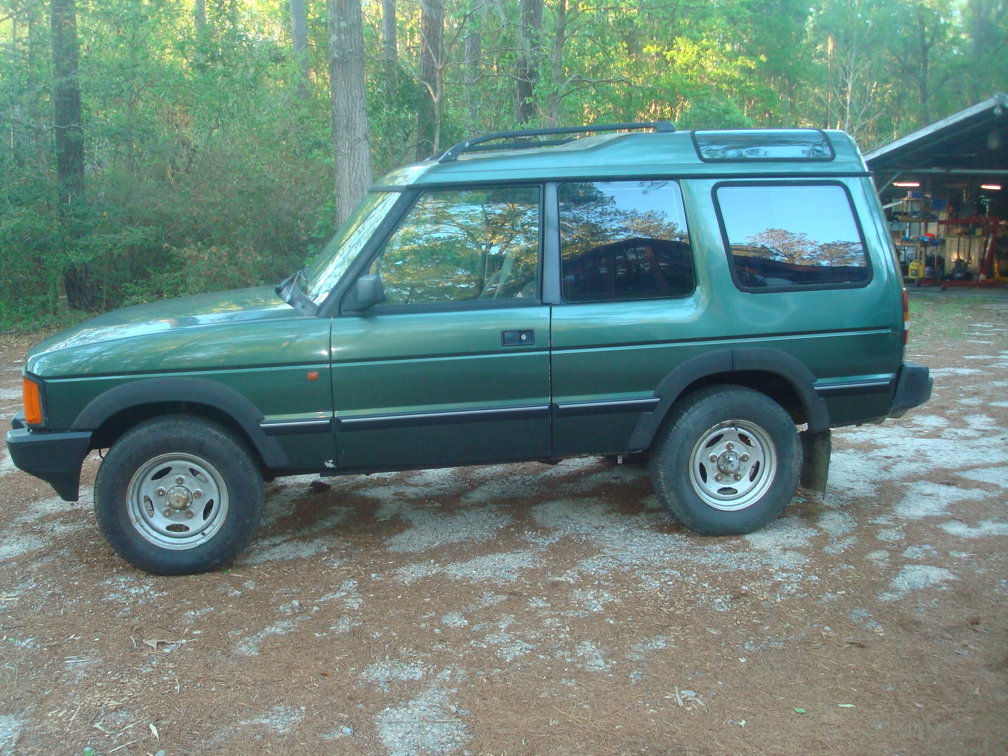 1991 Land Rover Discovery 2-Door Only one in the USA? $9500 | Zombie